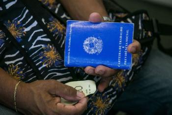 IBGE: falta trabalho para 27,6 milhões de brasileiros