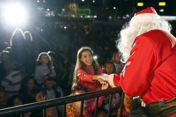 Natal para Todos: Milhares de pessoas recepcionam o