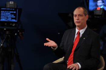 """Ciro Gomes propõe """"fiscalizar sem trégua"""" governo Bolsonaro"""